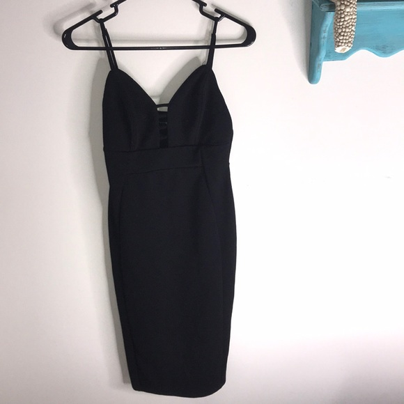 Haute Monde Dresses & Skirts - Date Night Little Black Dress LBD with cutout